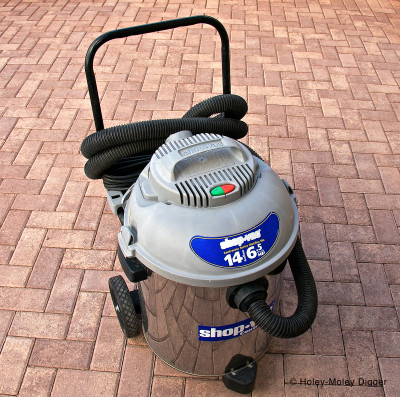 A very effective 180 CFM Shop Vacuum with 6.5 hp and 14-gallon capacity and 2.0-inch hose